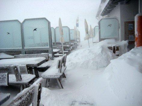 Plosehütte in the winter
